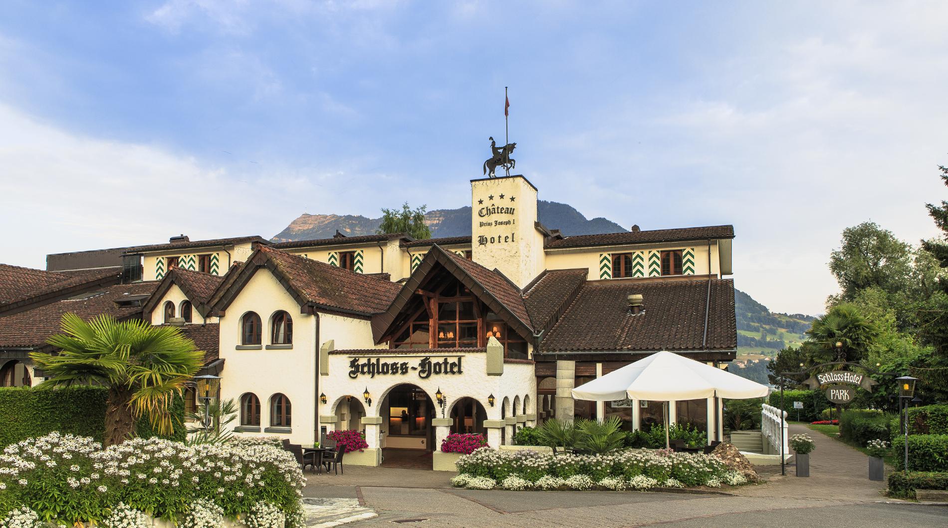 Schloss Hotel Swiss Chalet Merlischachen